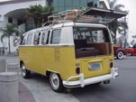 1967 VW 21 window bus deluxe samba