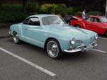 Perfect Volkswagen Karmann Ghia Hardtop in Blue